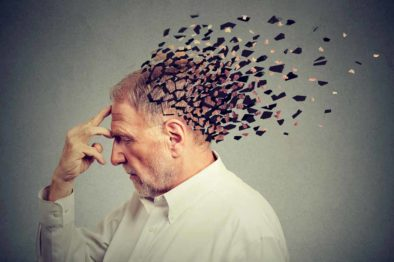 11 Early Warning Signs of Dementia: Be Aware of Subtle Signs
